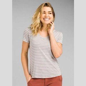 Women's Prana Foundation Grey V-Neck T-Shirt | XS
